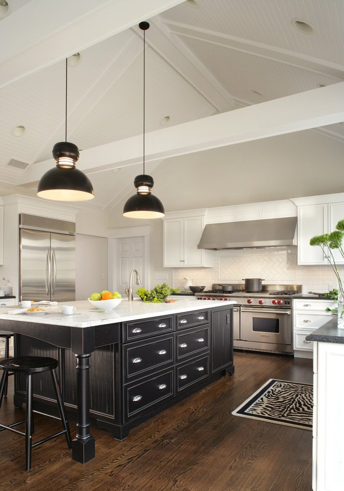 Black And White Kitchen Cabinets For Contrast